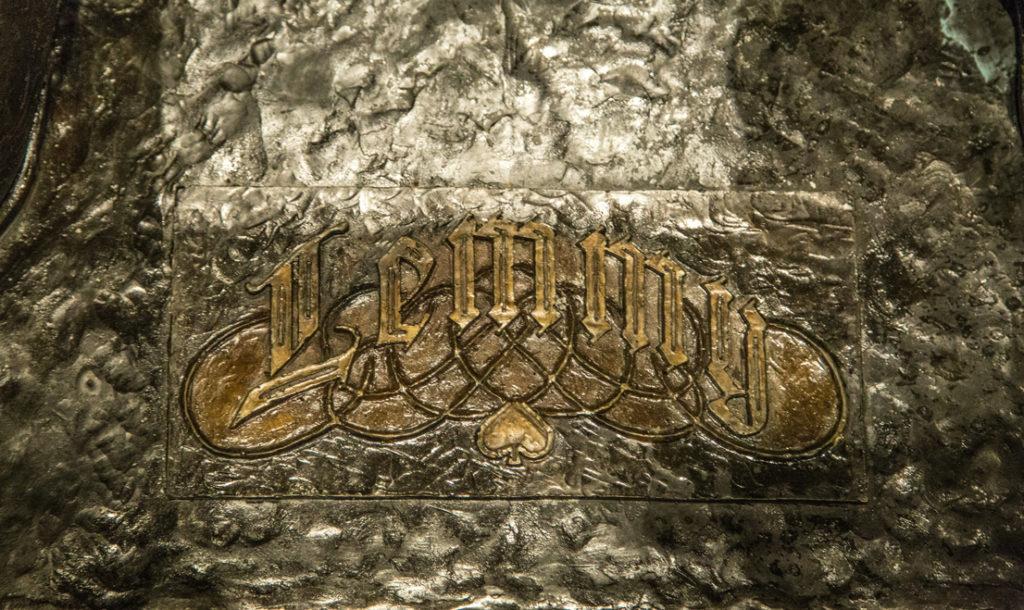 lemmy-sign