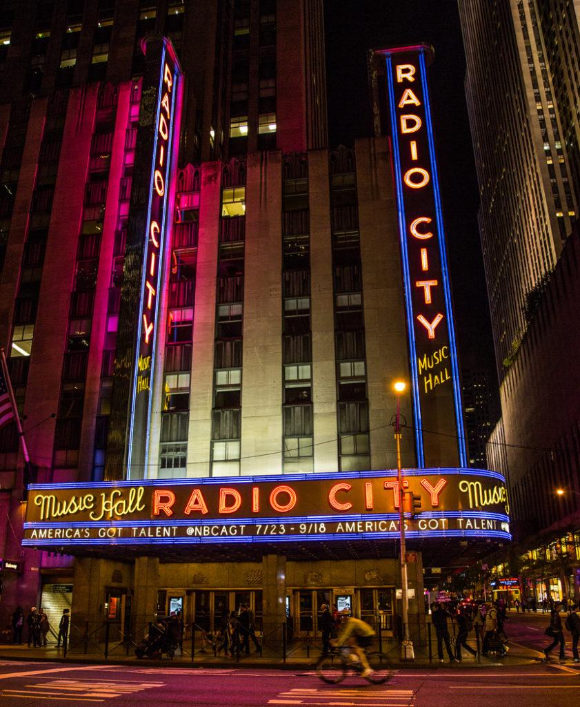 Radio-City-Music-Hall-Fullshot