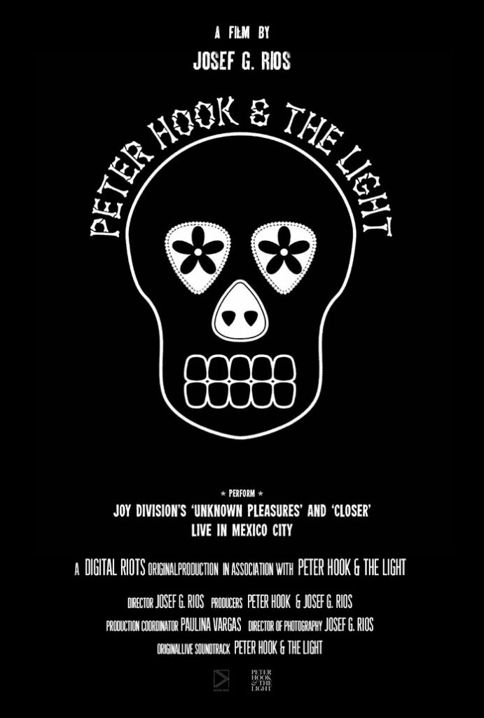 Peter Hook and The Light Live in Mexico City